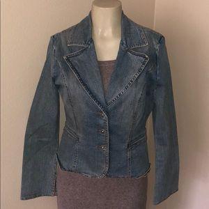 Guess Jean jacket size Medium